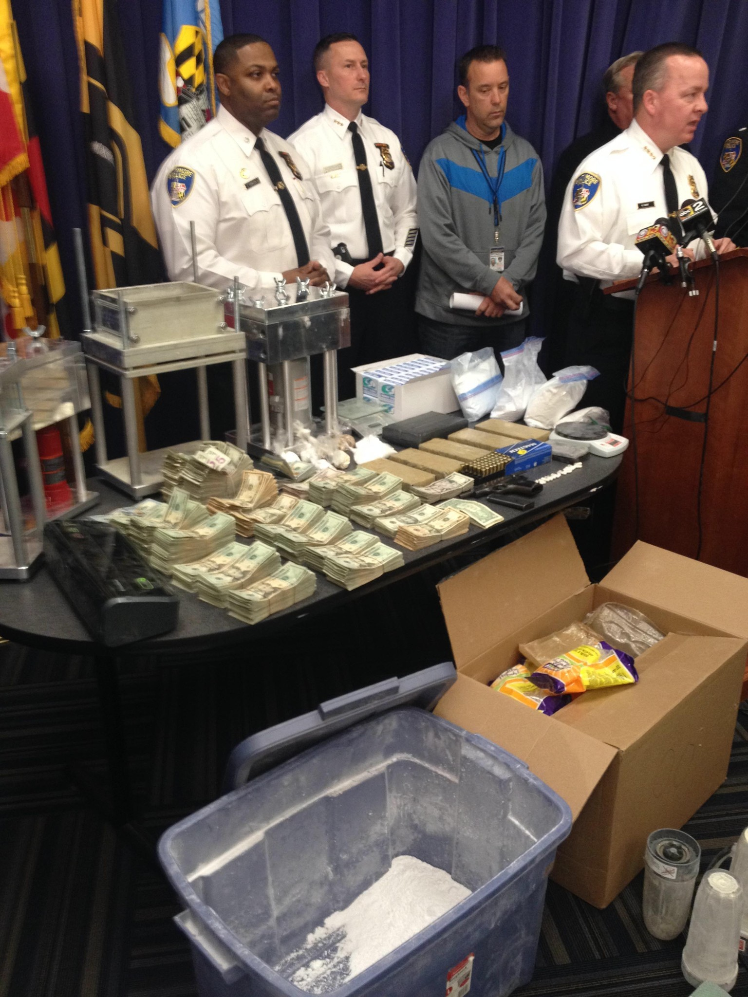 Amid shift in drug strategy, police bust Northwest Baltimore heroin