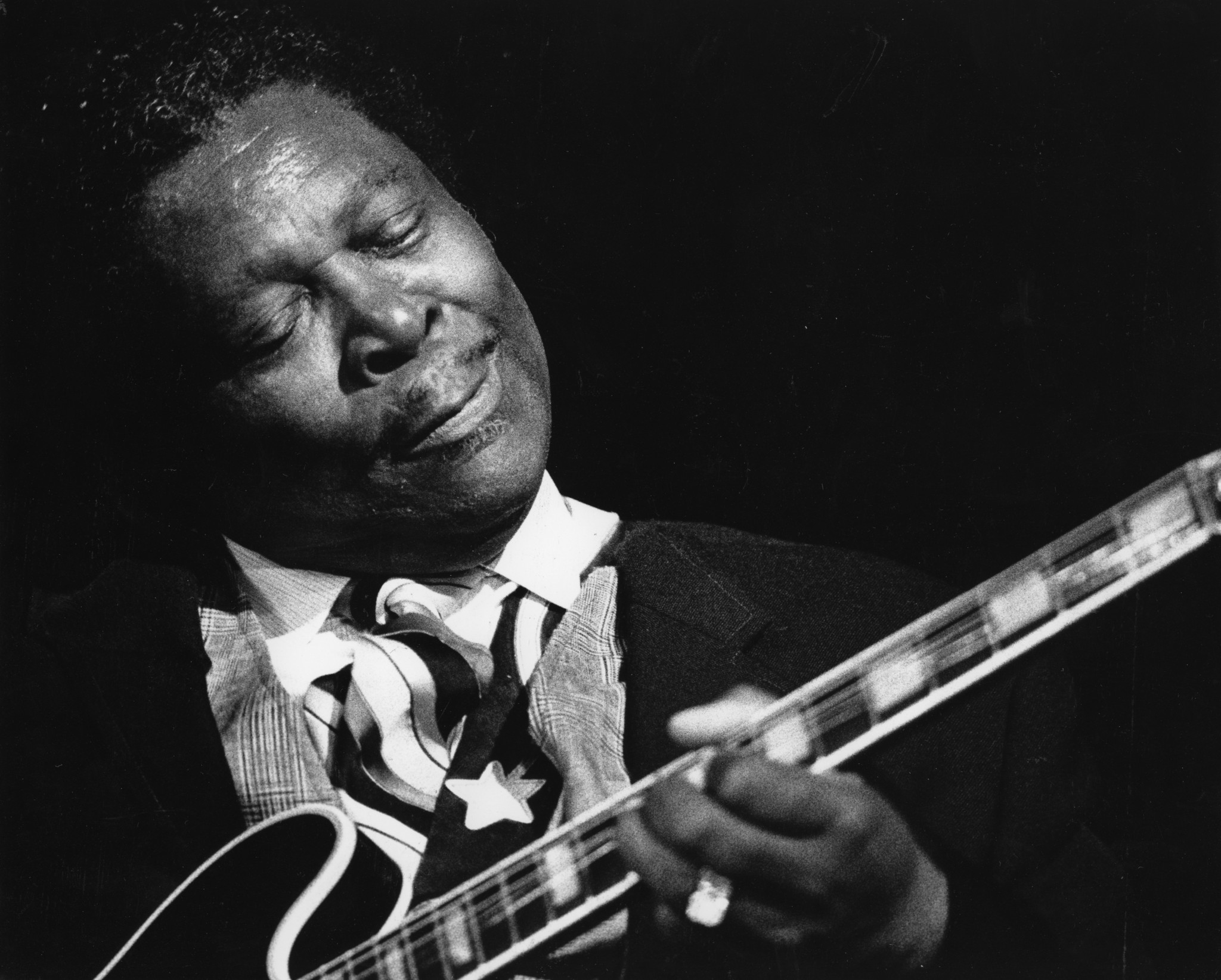 multi artist salute to b b king due at 58th grammy awards la times. Black Bedroom Furniture Sets. Home Design Ideas