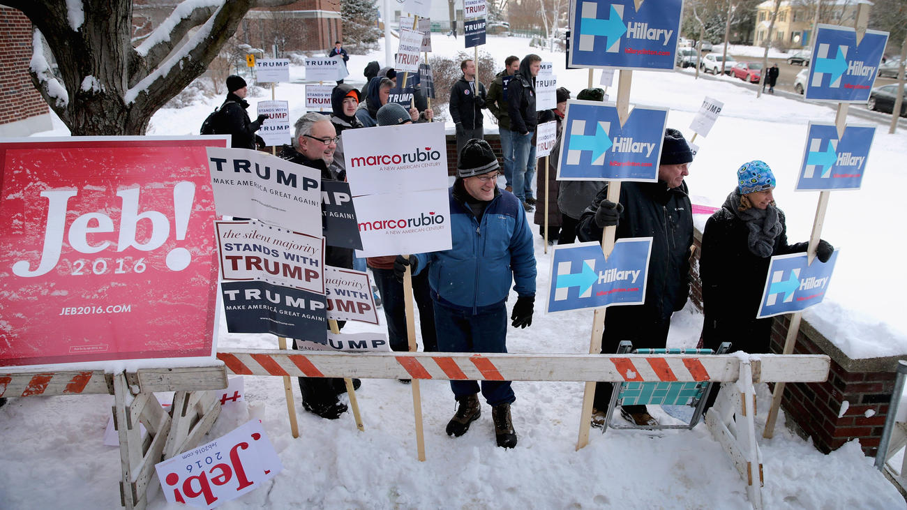 Outside a polling place at Webster School in Manchester, N.H. (Chip Somodevilla / Getty Images)