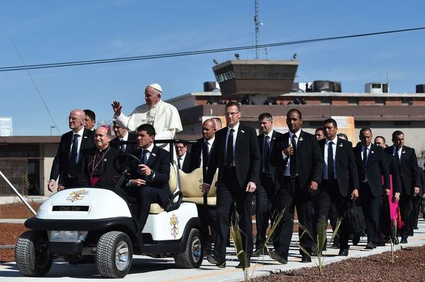 Pope Francis visits a prison in Ciudad Juarez, Mexico. (Gabriel Bouys / Pool Photo)