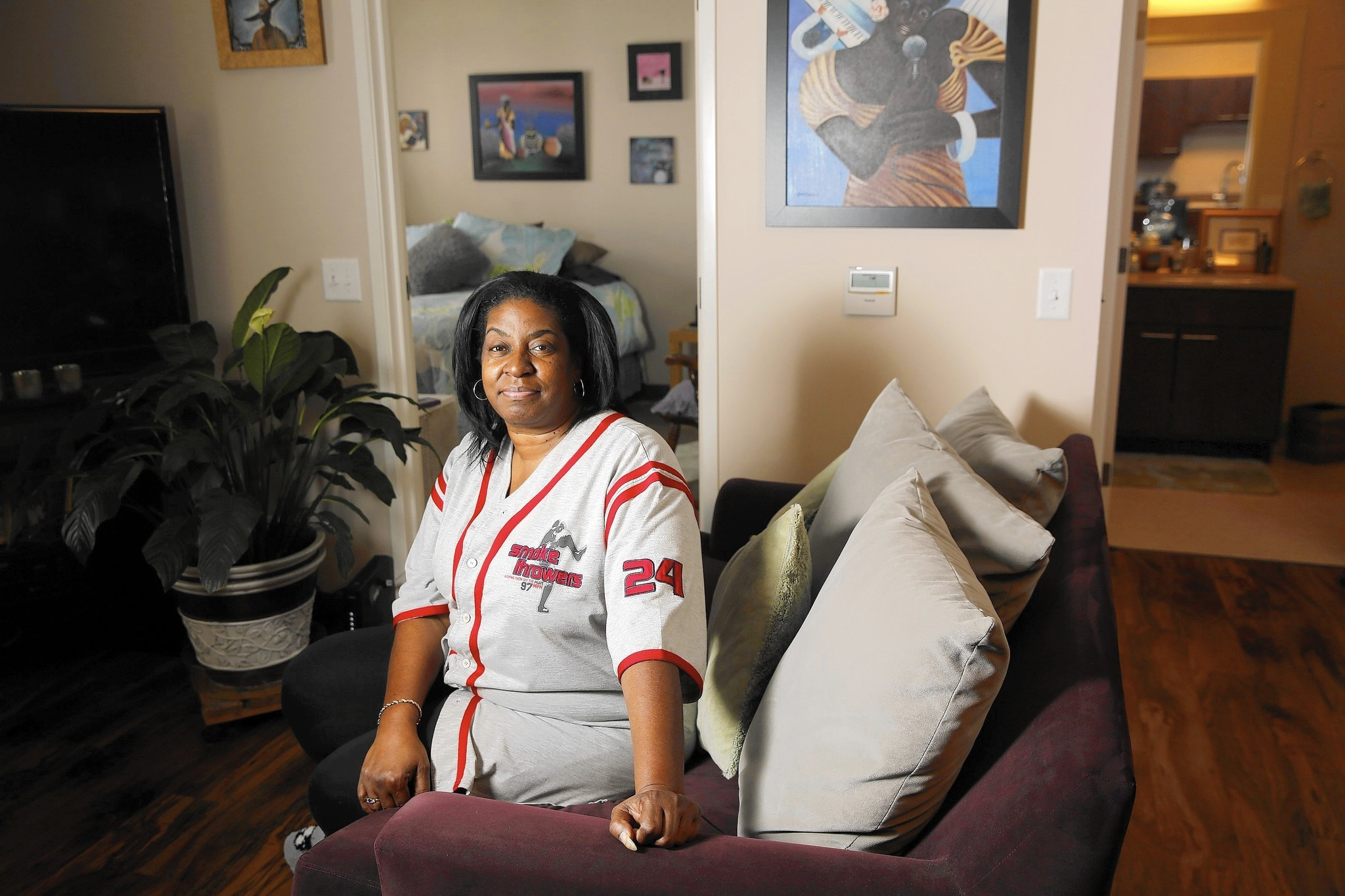 hundreds losing cha housing vouchers during long search