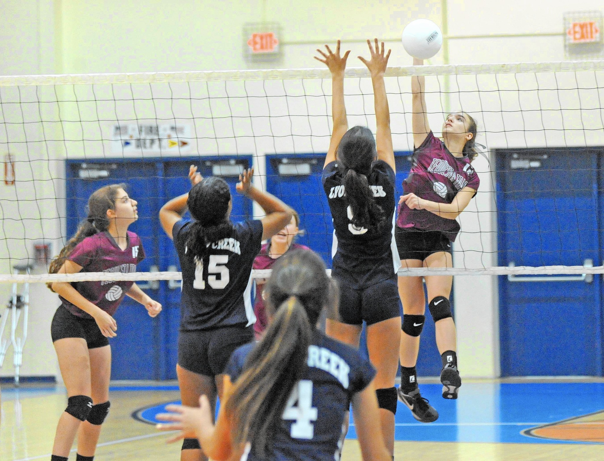 Tequesta Trace Middle School girls prevail in county