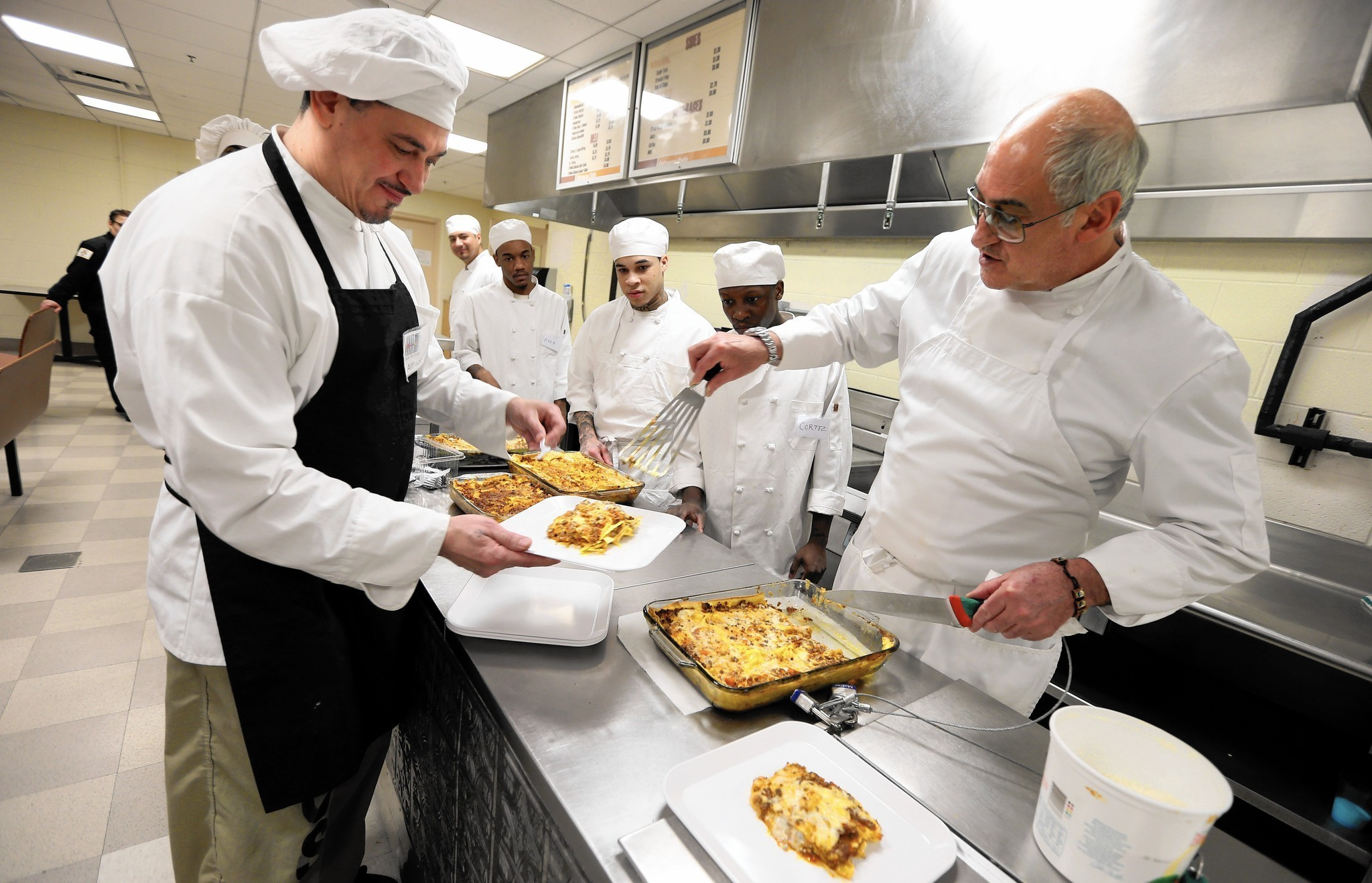 jail culinary program preaches power of food chicago tribune
