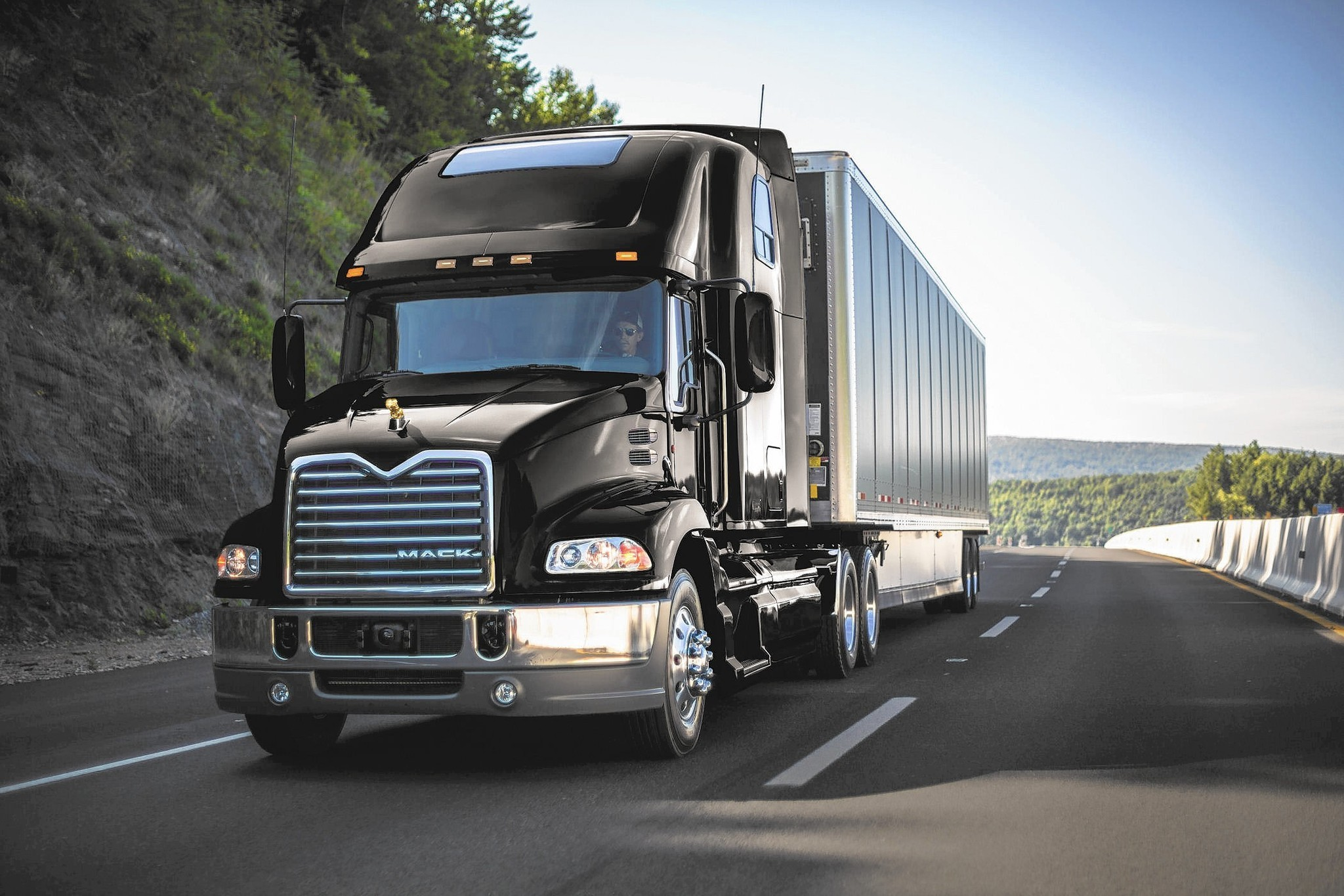 Mack To Recall More Than 20,000 Trucks