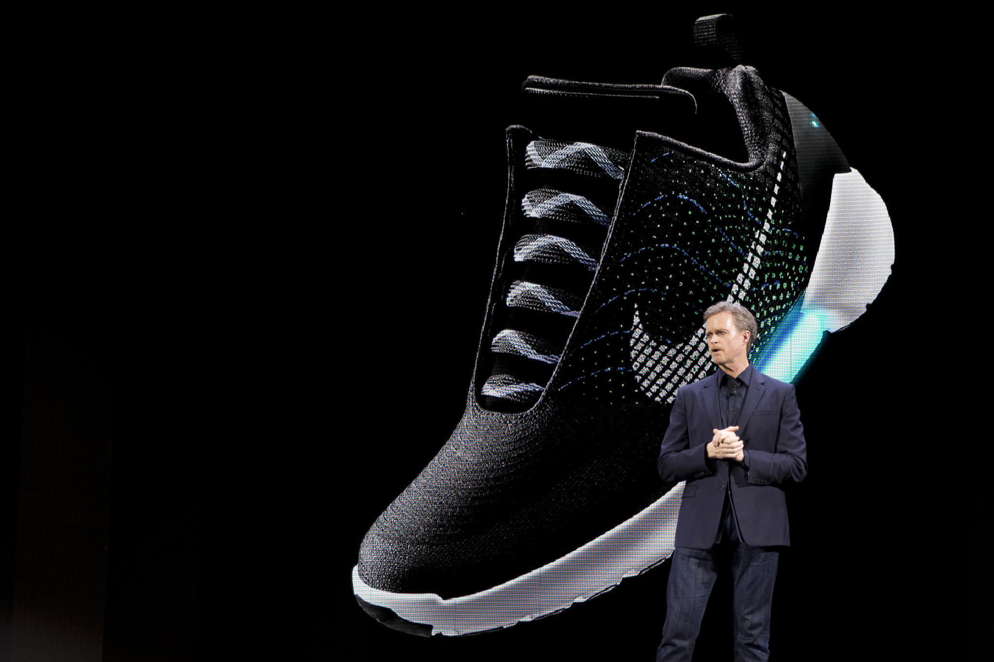 the latest 16269 18021 Nike unveils its first self-lacing sneaker