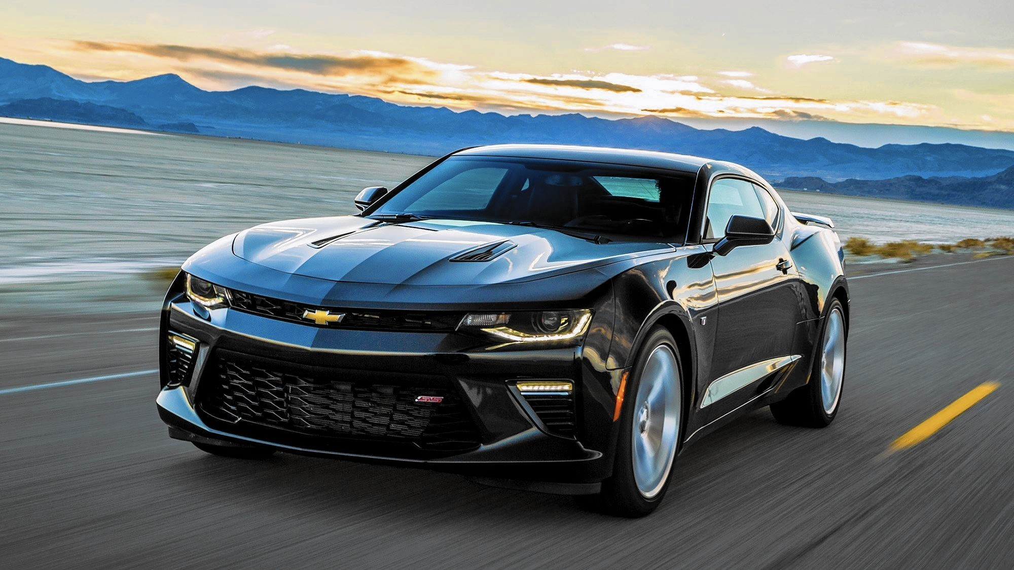 2016 Chevrolet Camaro turns up the heat during a drive to Death Valley - LA Times