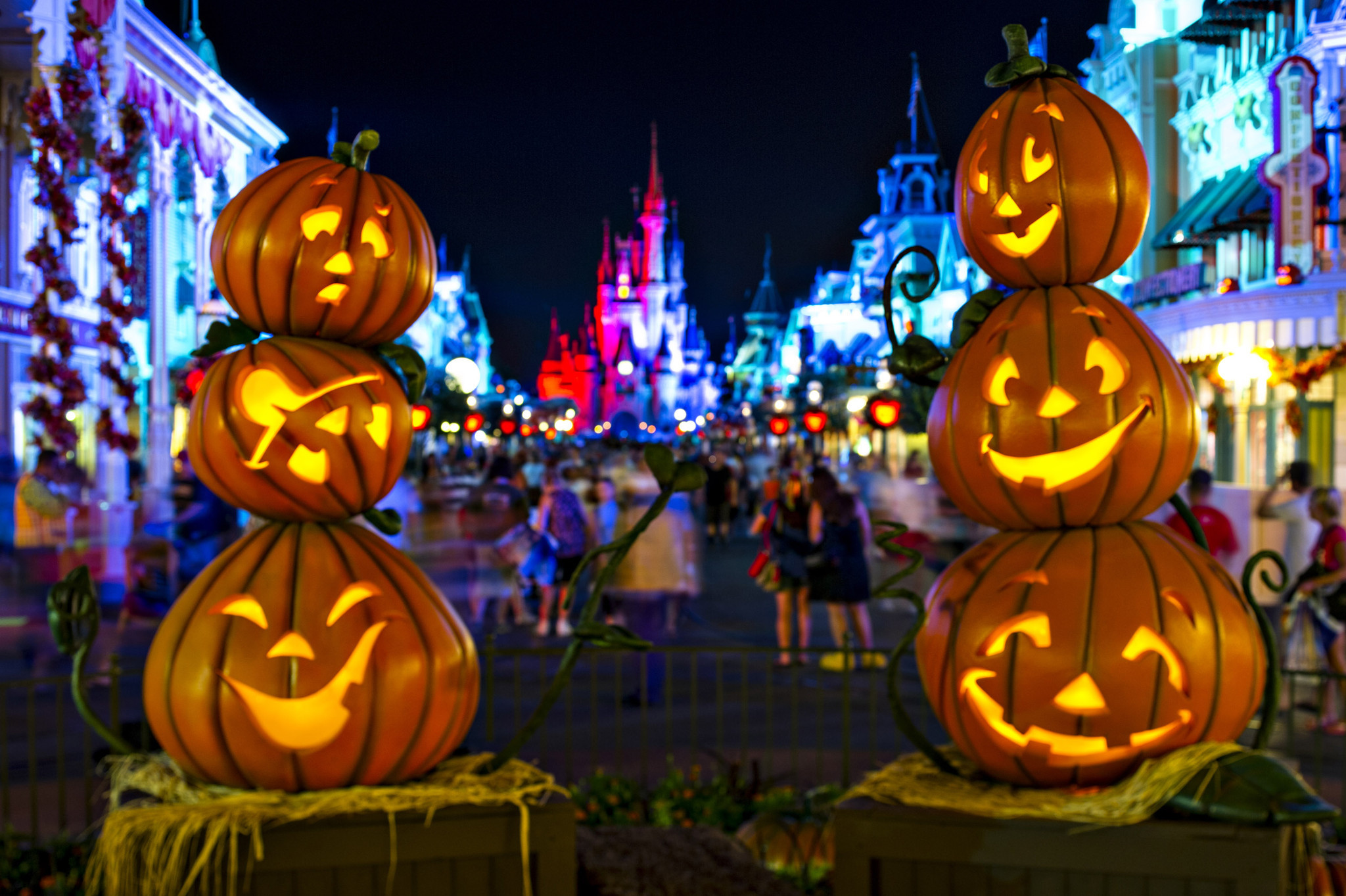 Disney S Halloween Party Gets Early Start Orlando Sentinel