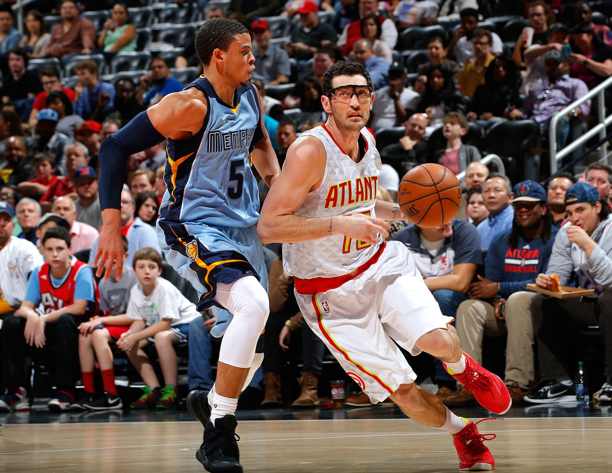 Ex-Bull Kirk Hinrich hasn't ruled out playing next season ...