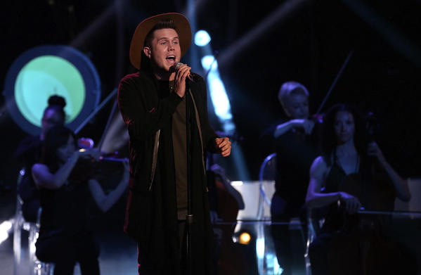 A behind-the-scenes peek as `American Idol¿ tunes up for its