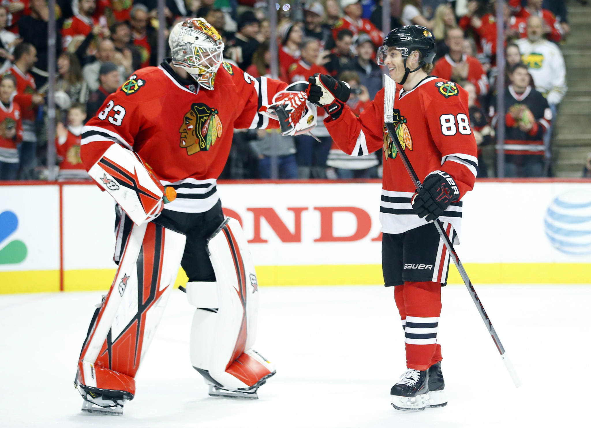 Blackhawks  Scott Darling filling in ably in goal with Corey Crawford out -  Chicago Tribune 9994fee6c