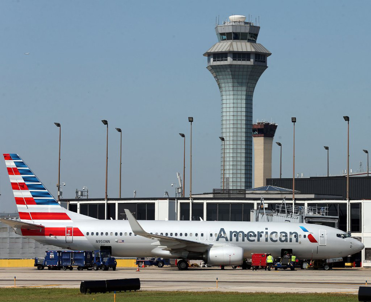 Aviation Committee Oks 5 New O Hare Gates For American