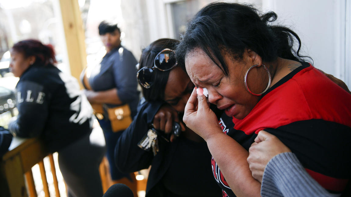with  Family fatally shot scrapes cop had says by 16, boy,