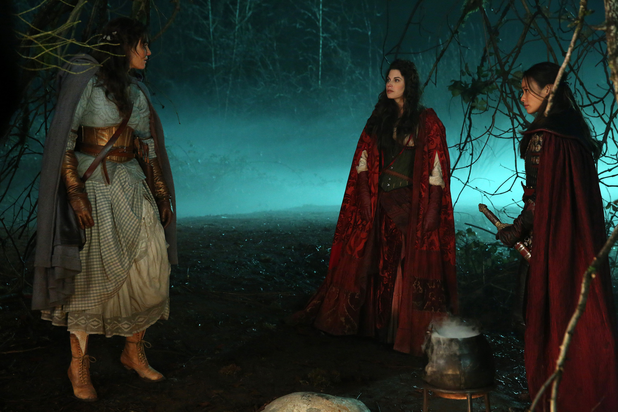 Once Upon A Time Recap Dorothy Gale Meet Little Red