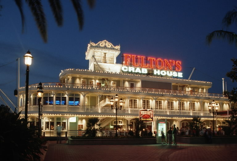 Fulton's Crab House at Disney Springs changing to Paddlefish - Orlando Sentinel