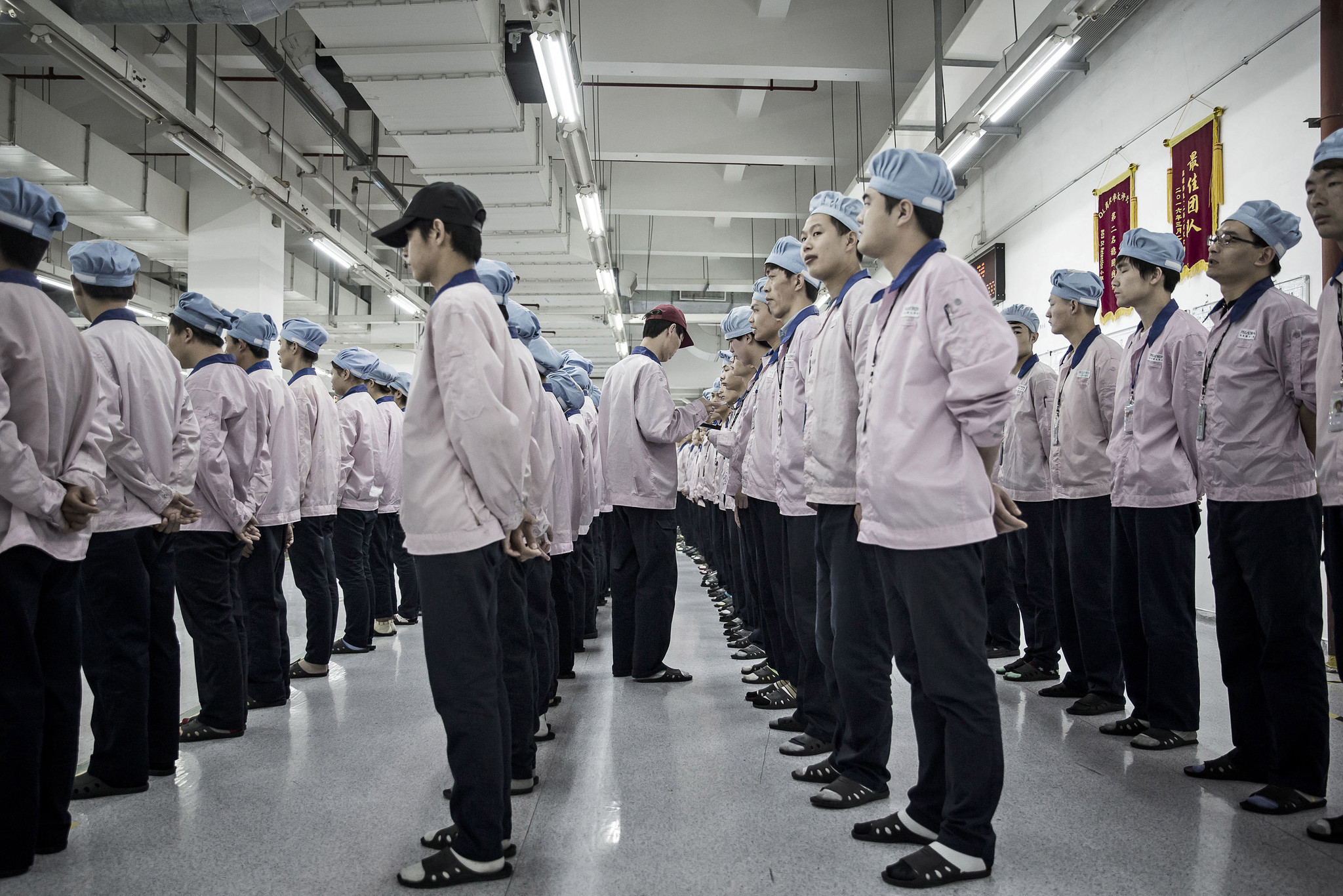 Behind The Scenes At Apple S Controversial China Iphone