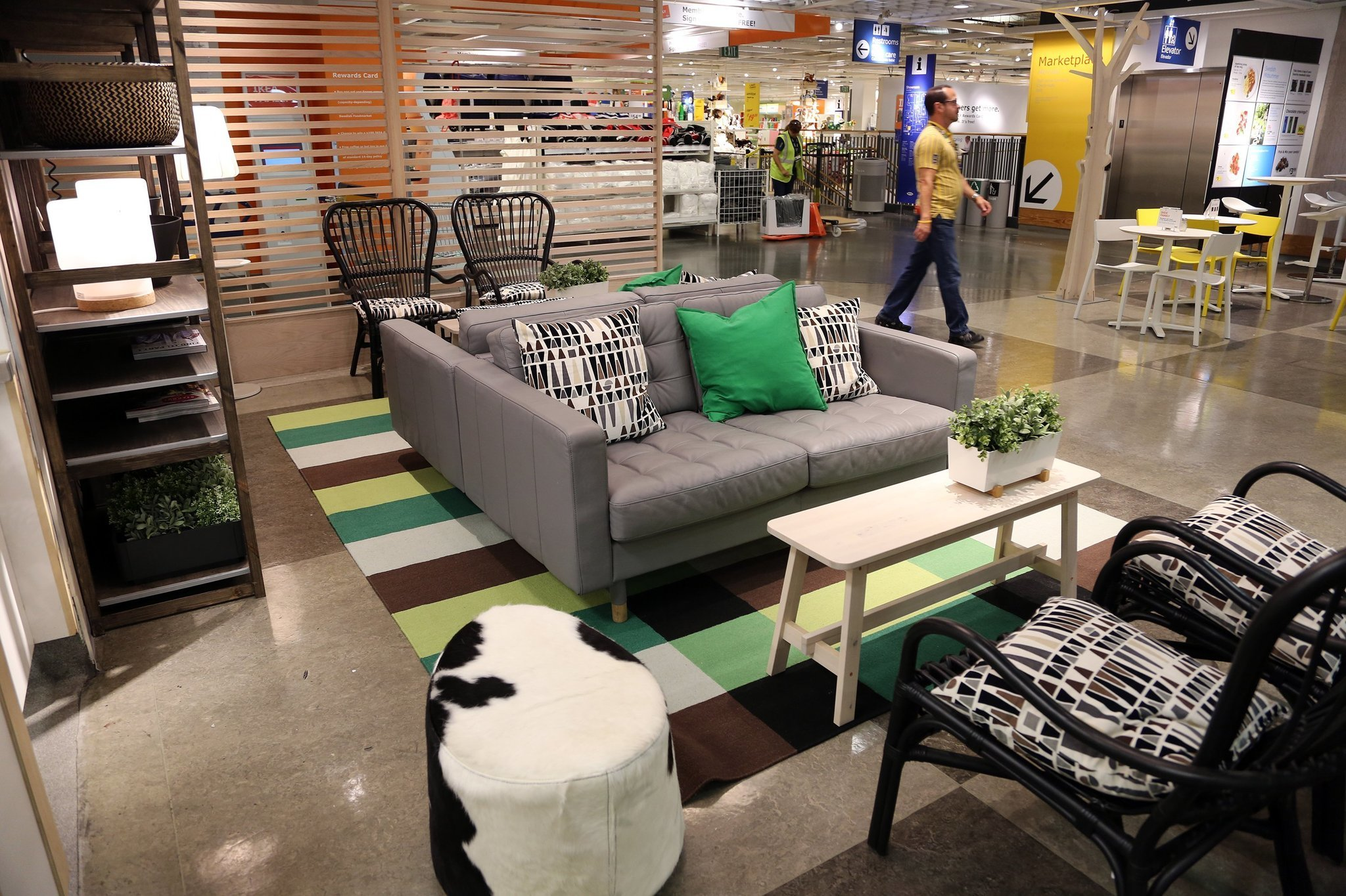 Ikea Redesigns Restaurants As Shoppers Clamor For Food Sun Sentinel
