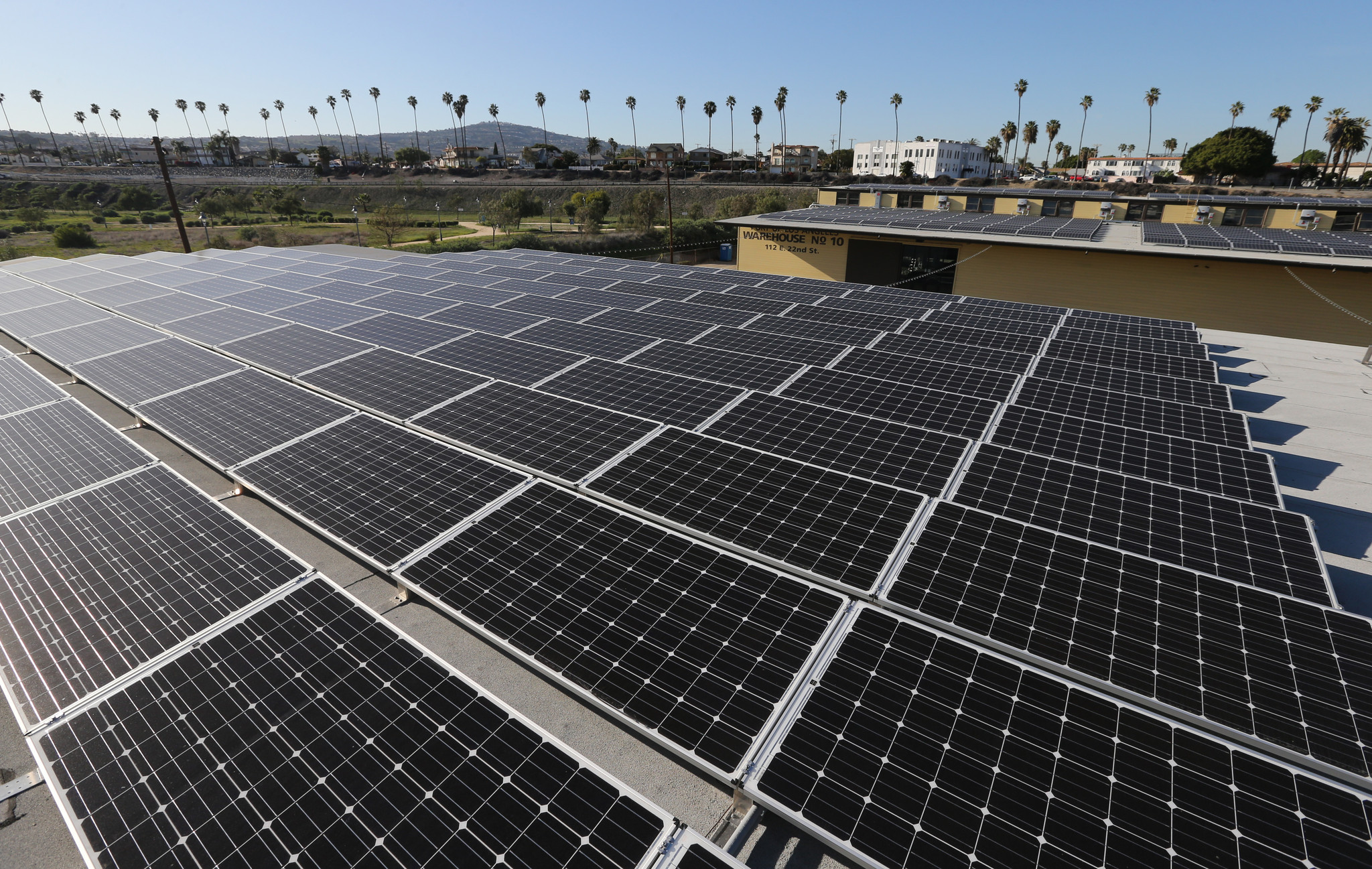 What Is the Business Model for a Solar Developer?