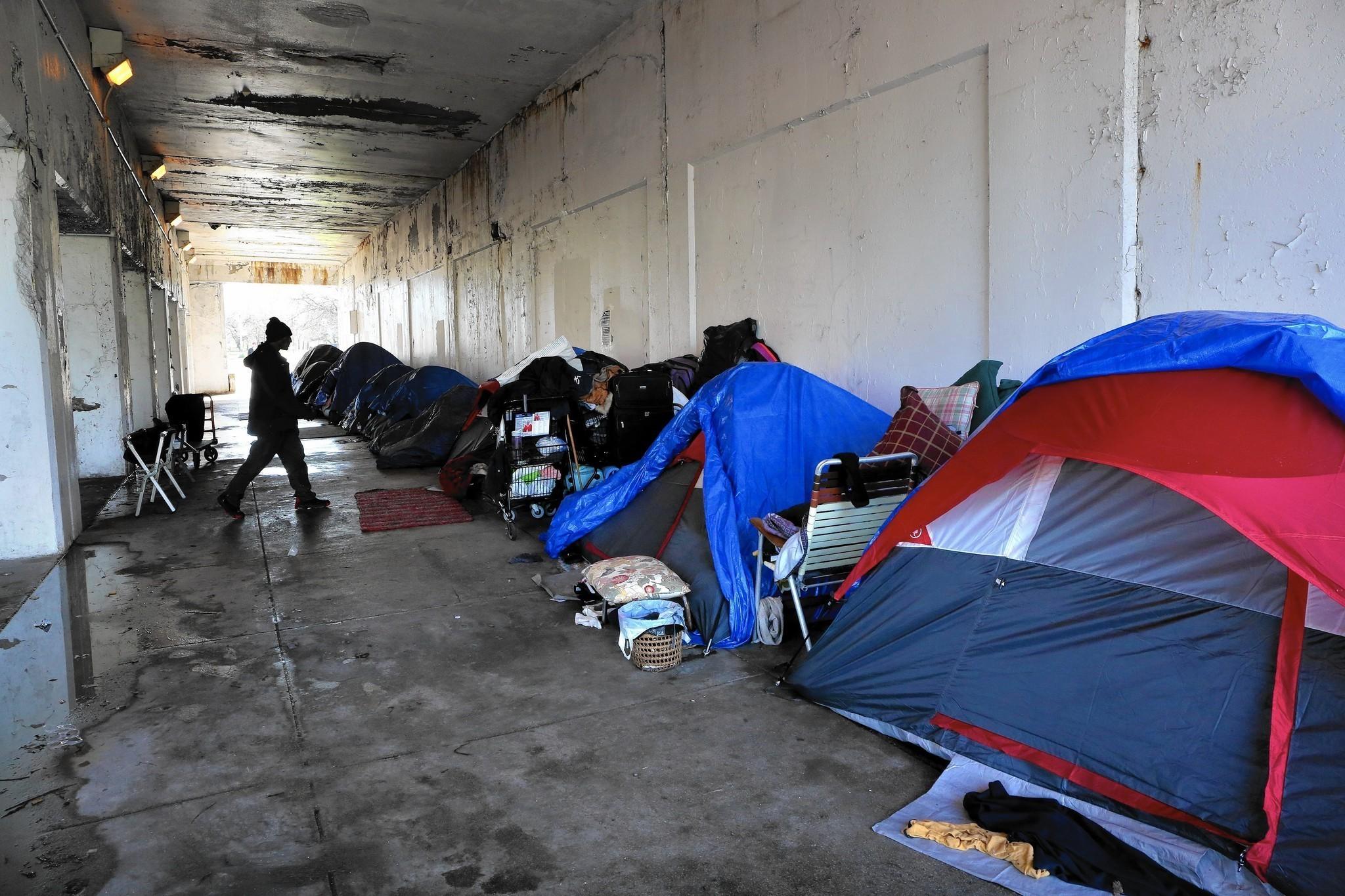 Emanuel Makes Moves On Homelessness Critics Still Boo