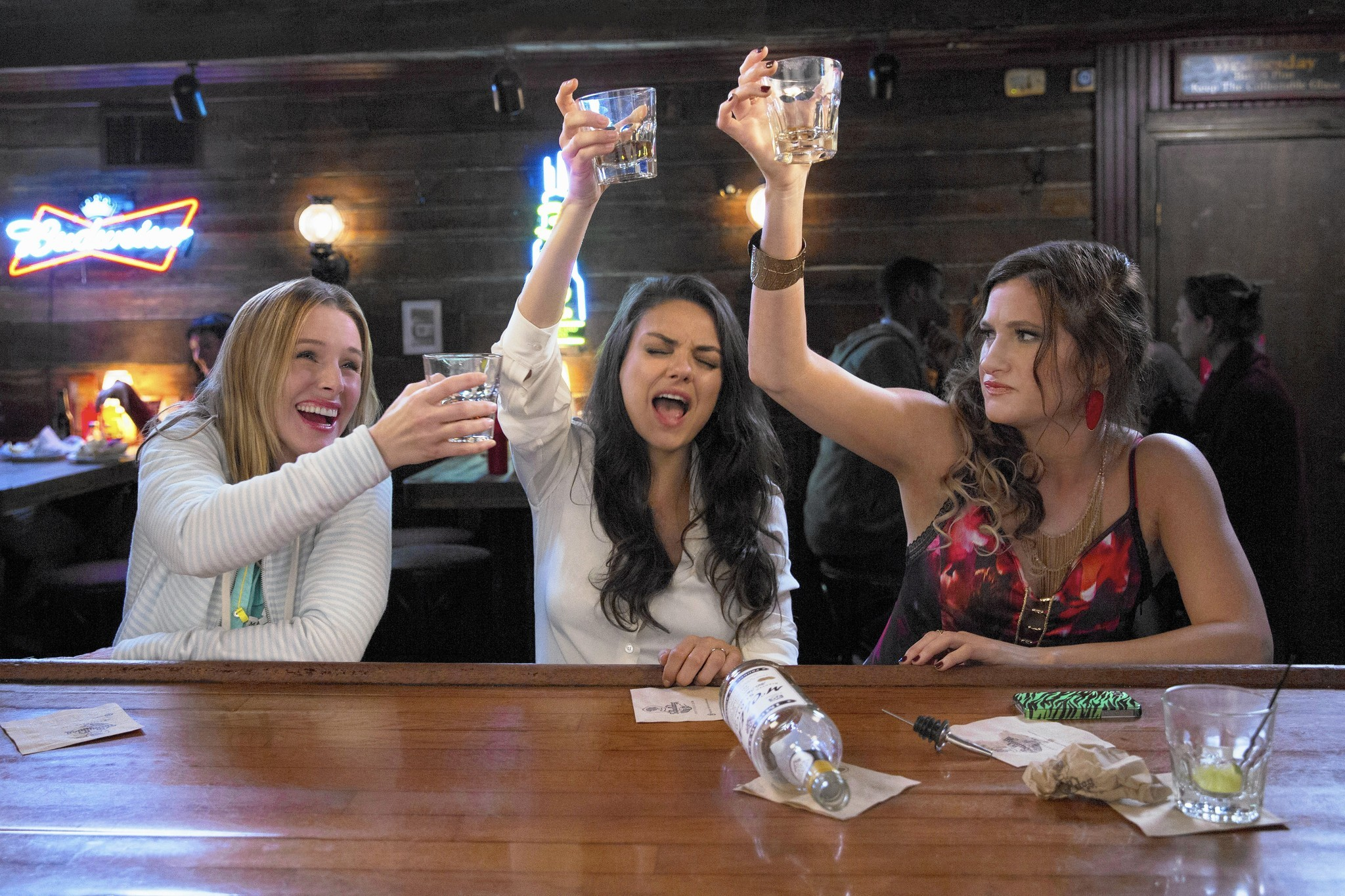 oh bad moms movie please be funny chicago tribune