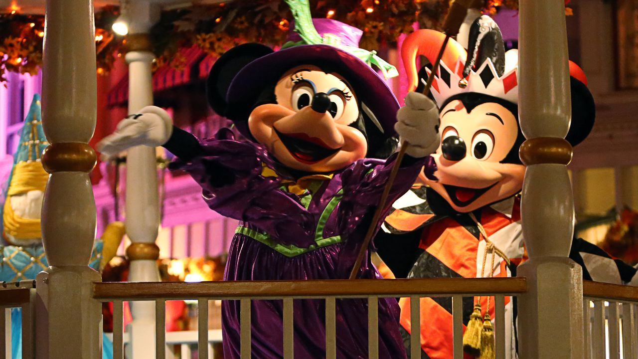 walt disney world ticket pricing for halloween and christmas parties orlando sentinel - Halloween And Christmas