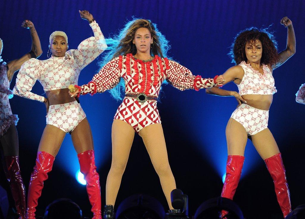 Gucci and Queen Bey continue their fashion relationship on her Formation World Tour.