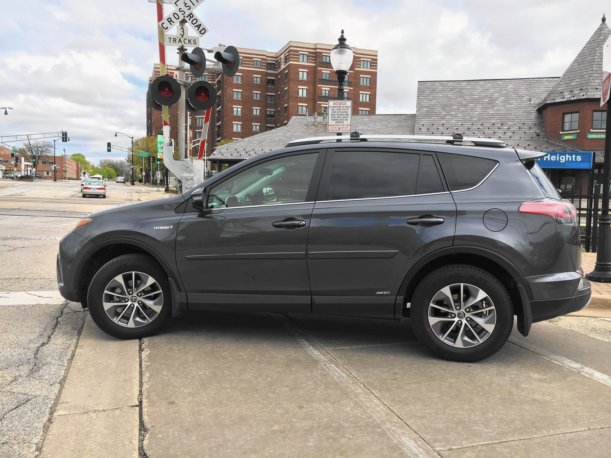 2016 Toyota Rav4 Hybrid Is Most Fuel Efficient Awd Compact Crossover