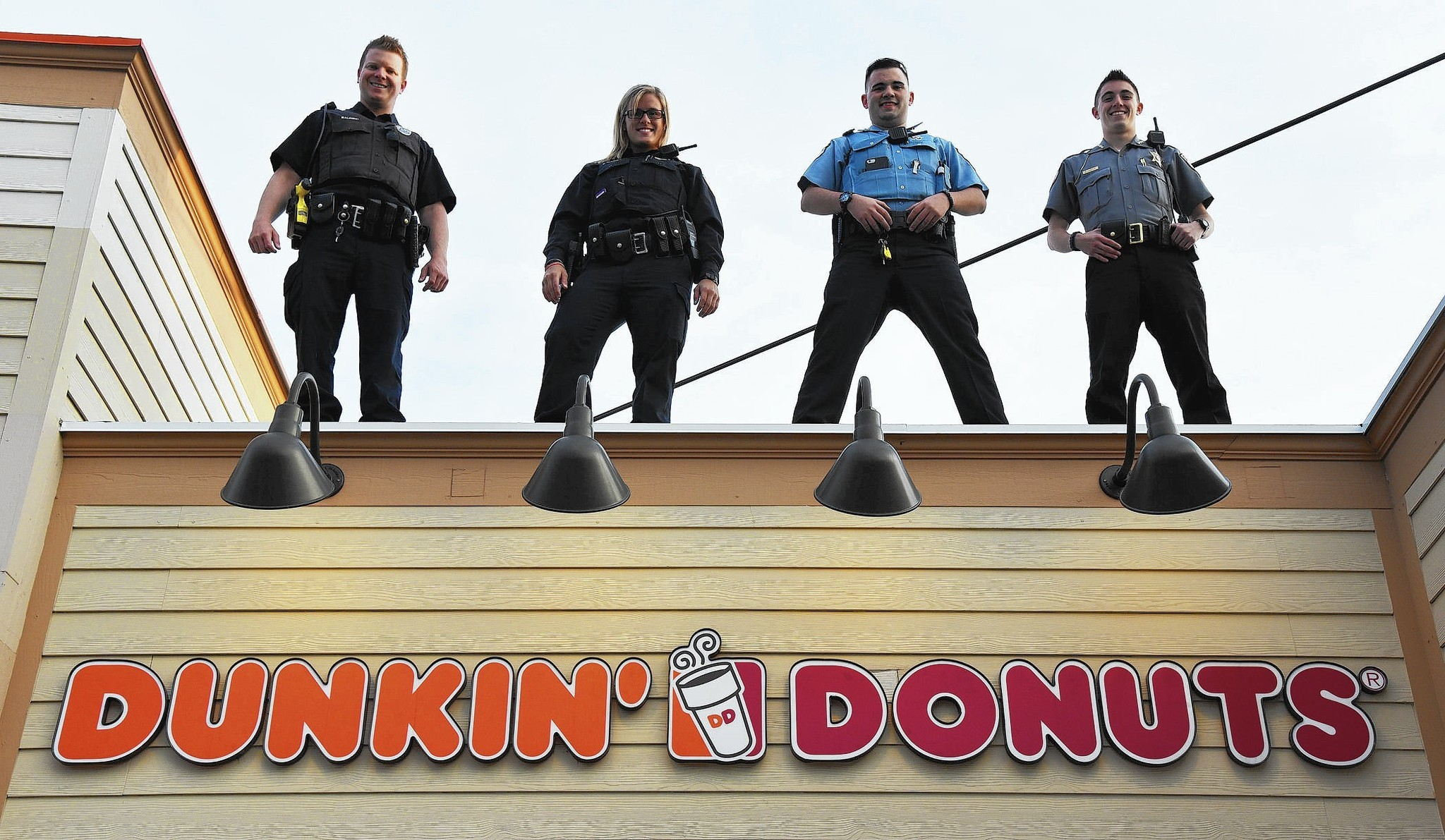 Lincolnshire Police Station On Dunkin Donuts Rooftop For