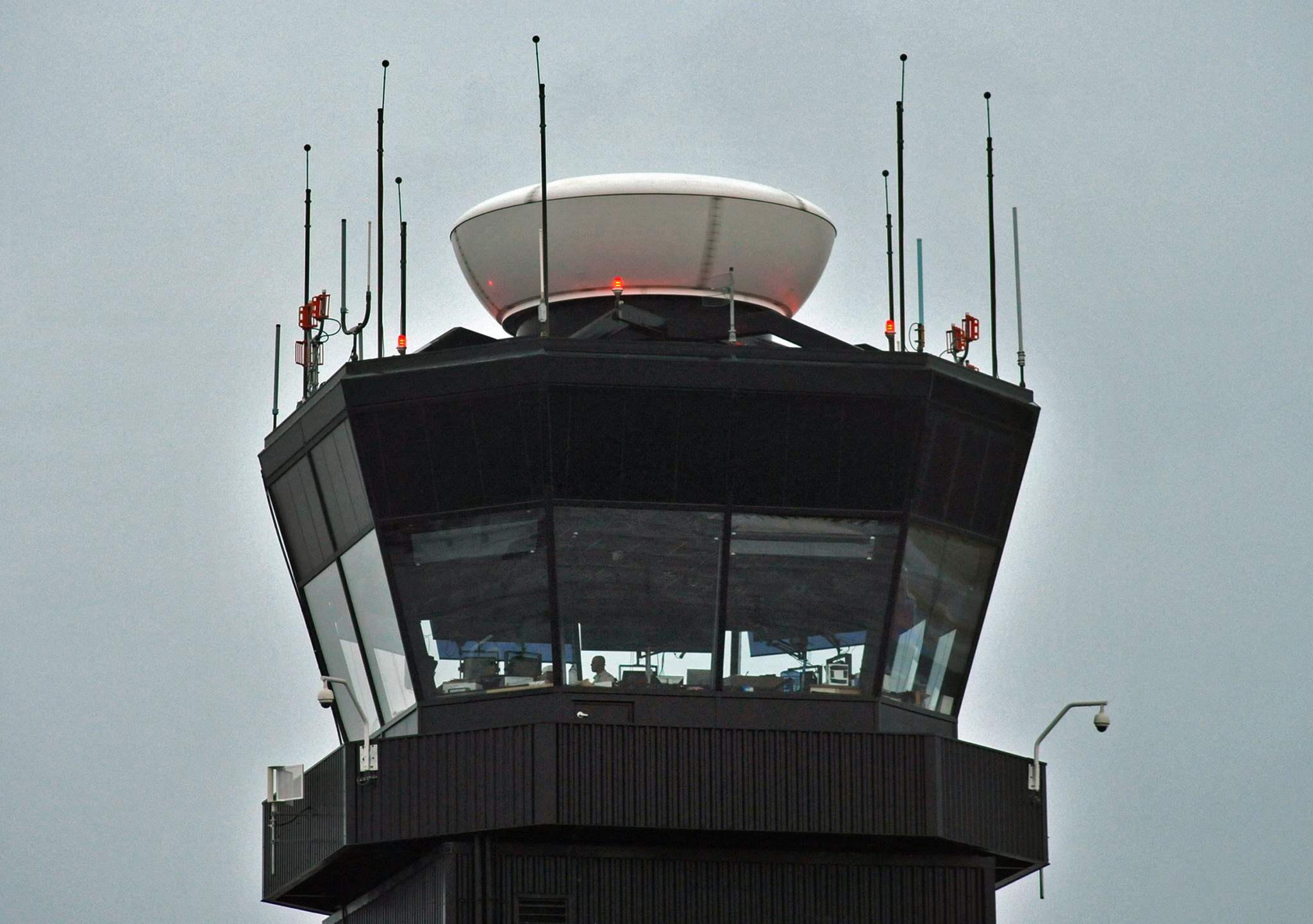 flights resume after bwi airport control tower evacuated