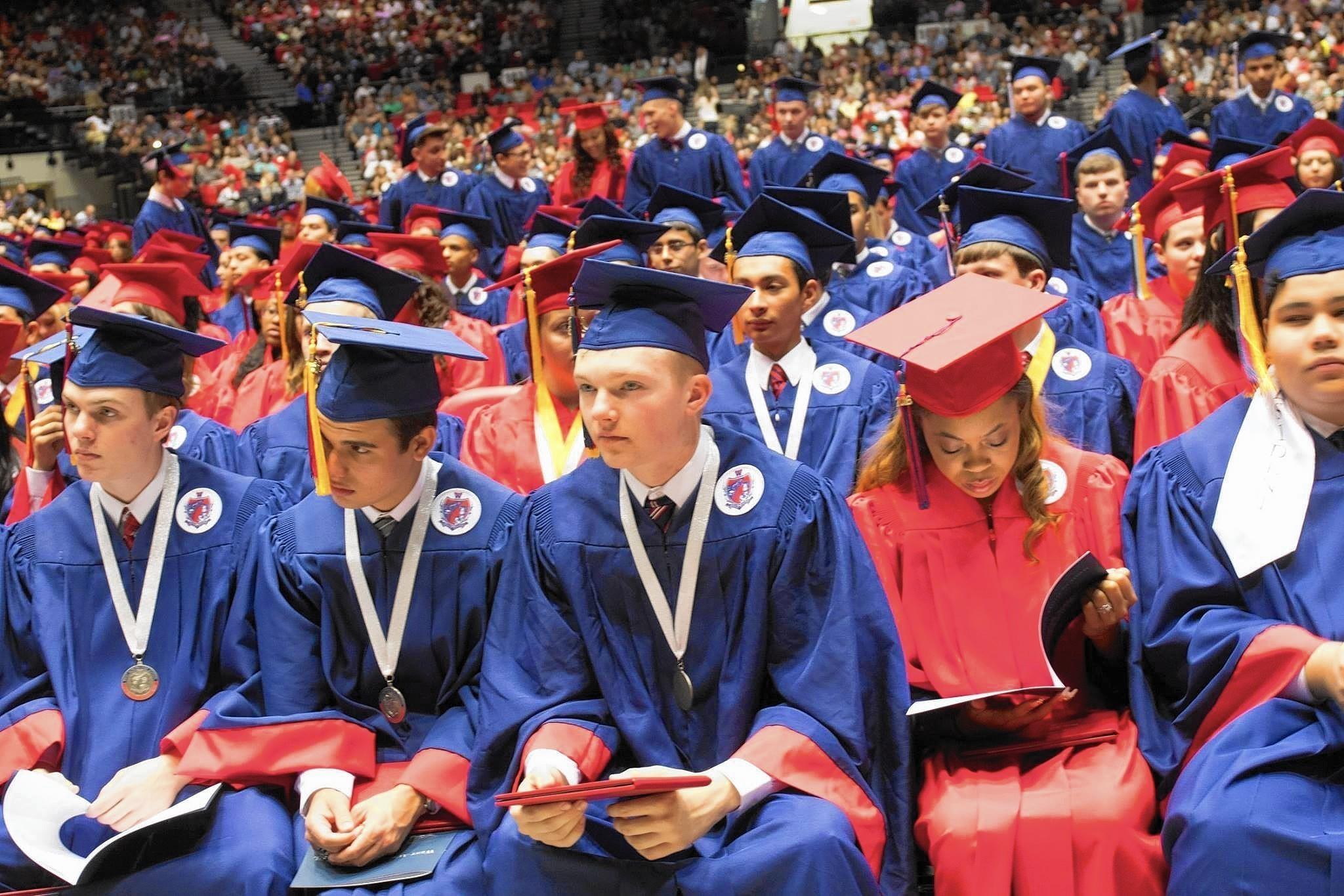 Graduation 2017 German International School Chicago: More Than 800 Graduate From West Aurora High School