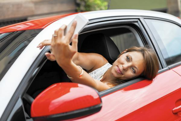 America S Love Affair With Cars Gets A New Look In Selfie