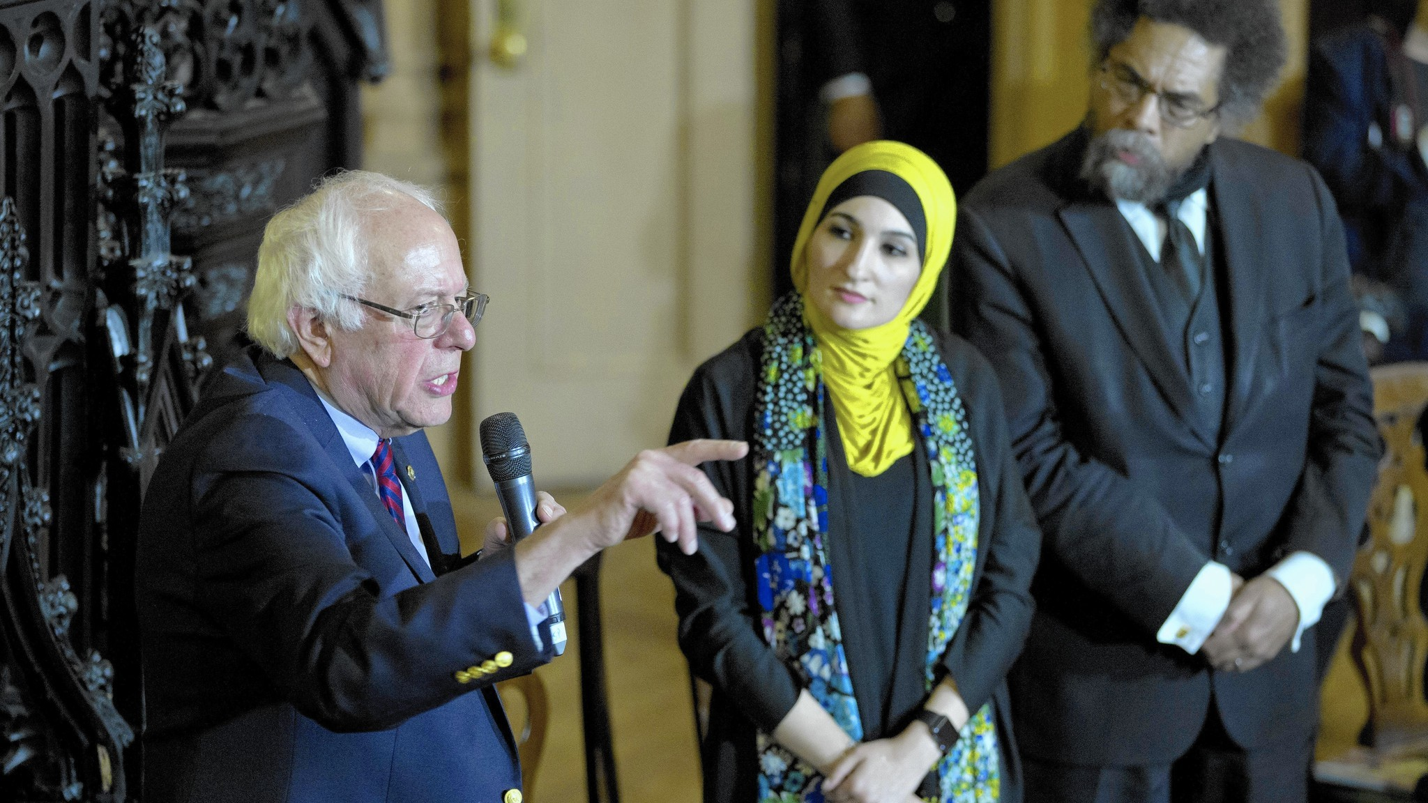 Lovable Bernie whacks Israel - Chicago Tribune