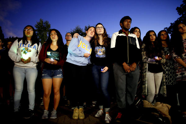 UCLA students hosted a candlelight vigil on Thursday evening at Bruin Plaza. (Barbara Davidson / Los Angeles Times)