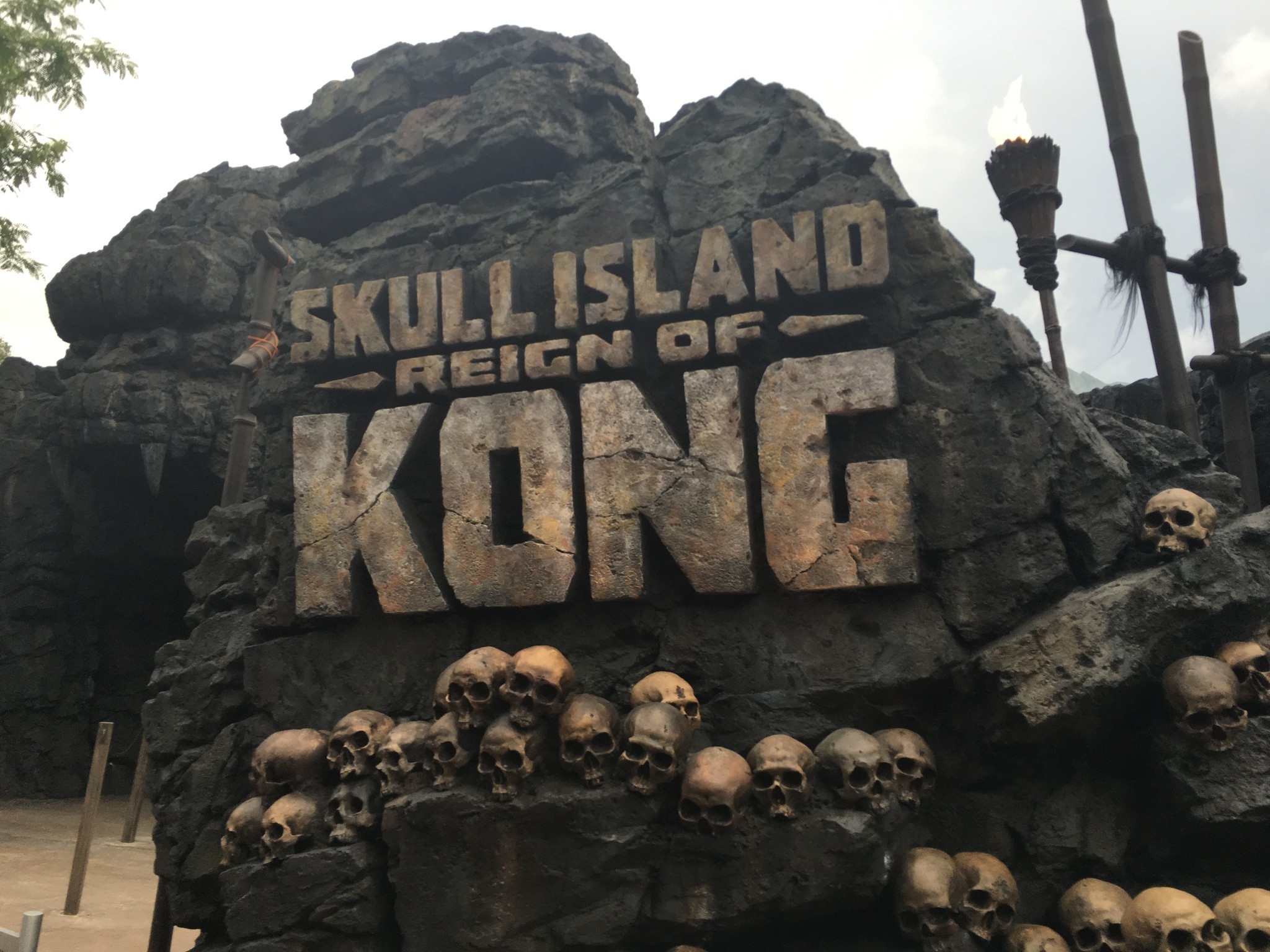 First ride: We visit Universal's Skull Island -- Reign of Kong - Orlando Sentinel