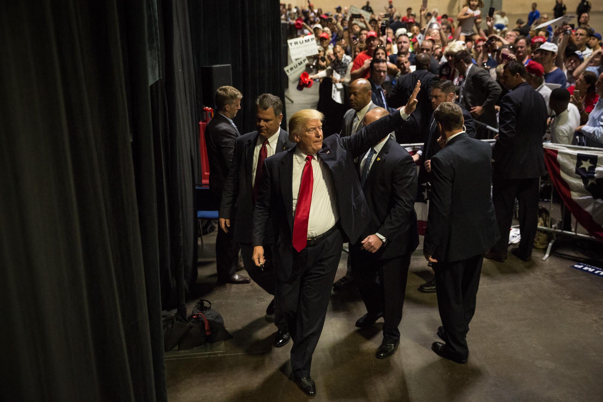 (Loren Elliott / Associated Press)