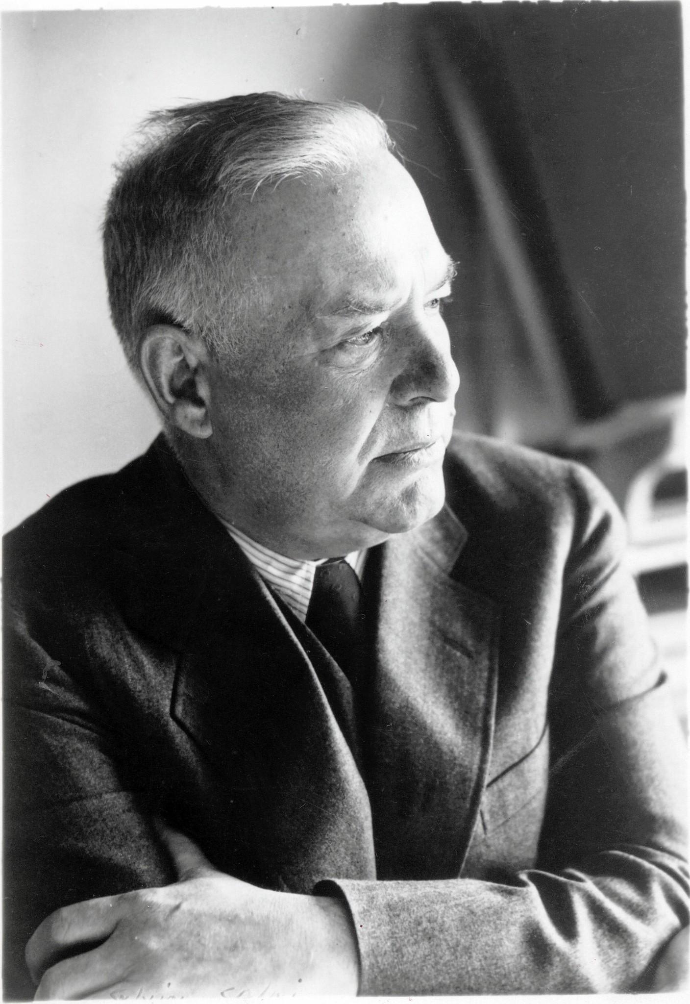 Hartford Insurance Reviews >> Wallace Stevens Documentary At Twain House - Hartford Courant