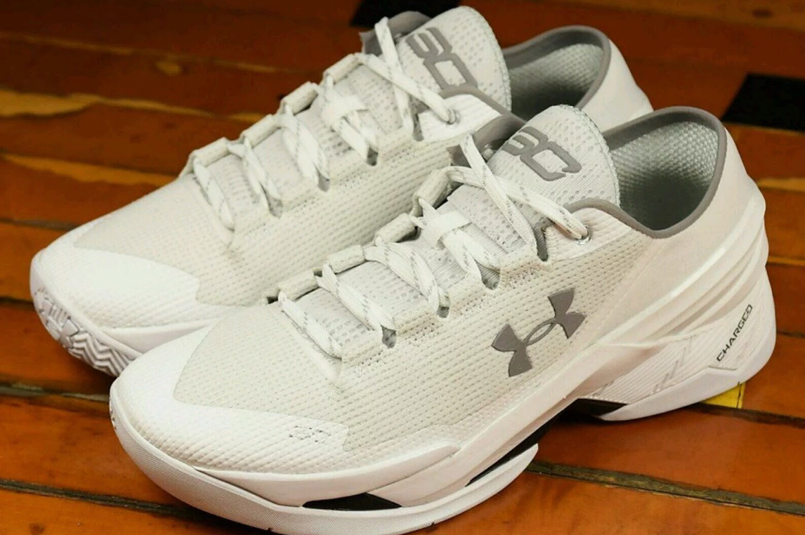 6a55640f9304c2 Curry didn t finish how he wanted but his Under Armour shoes came out ahead  - Baltimore Sun