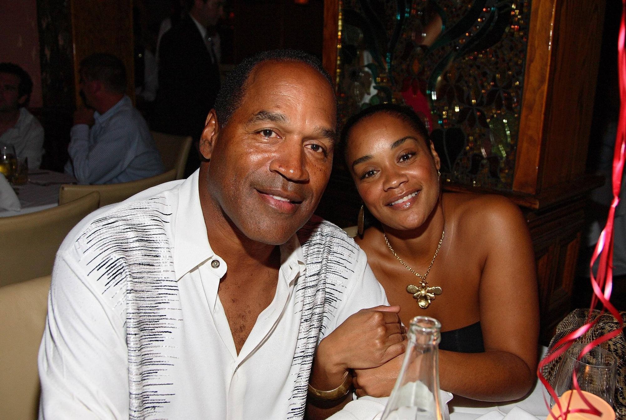 O.J. Simpson and daughter Arnelle at a restaurant in Miami Beach in 2007.