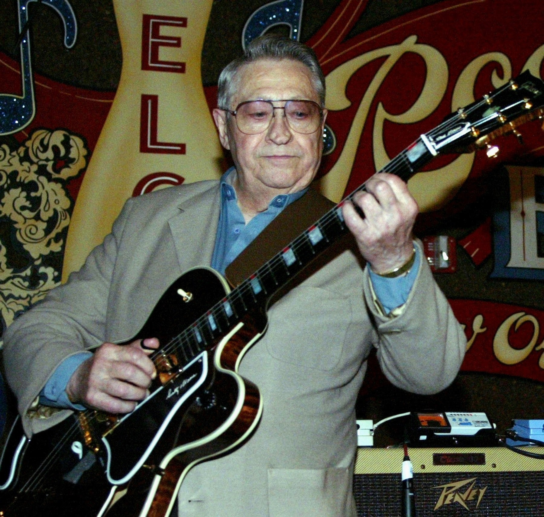 Nashville Used Music >> Scotty Moore, Elvis Presley's first guitarist, dies at 84 ...