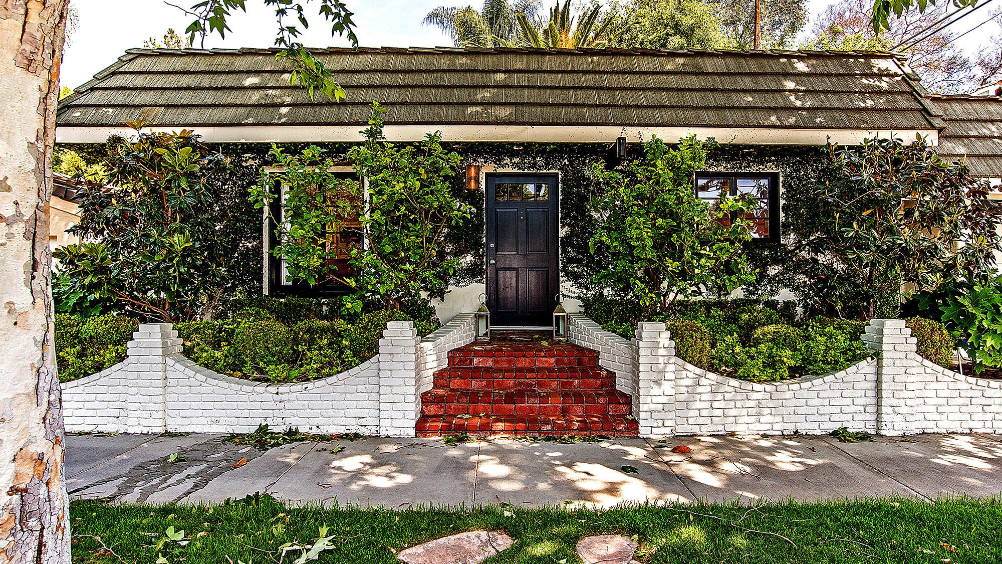 Pamela Mullin's 1935 West Hollywood home.