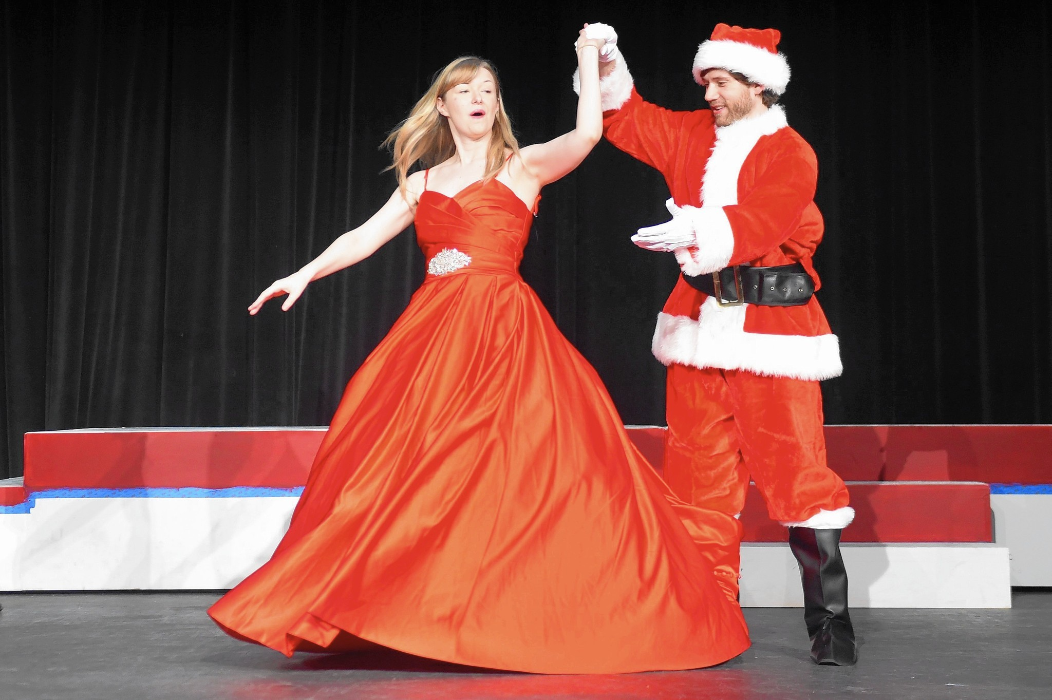 Howard County Summer Theatre Celebrates White Christmas In July Howard County Times