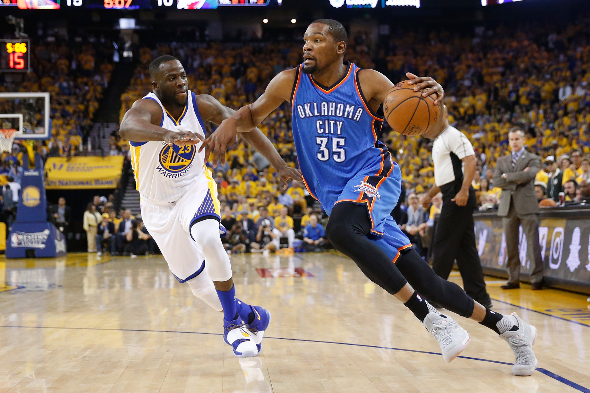 Kevin Durant's stunning decision to join Warriors changes NBA landscape