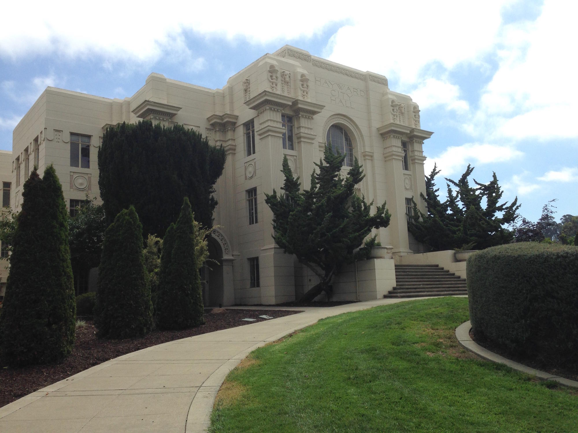 The historic Hayward City Hall was closed because it sits directly on top of the Hayward fault, which is pulling the building apart.