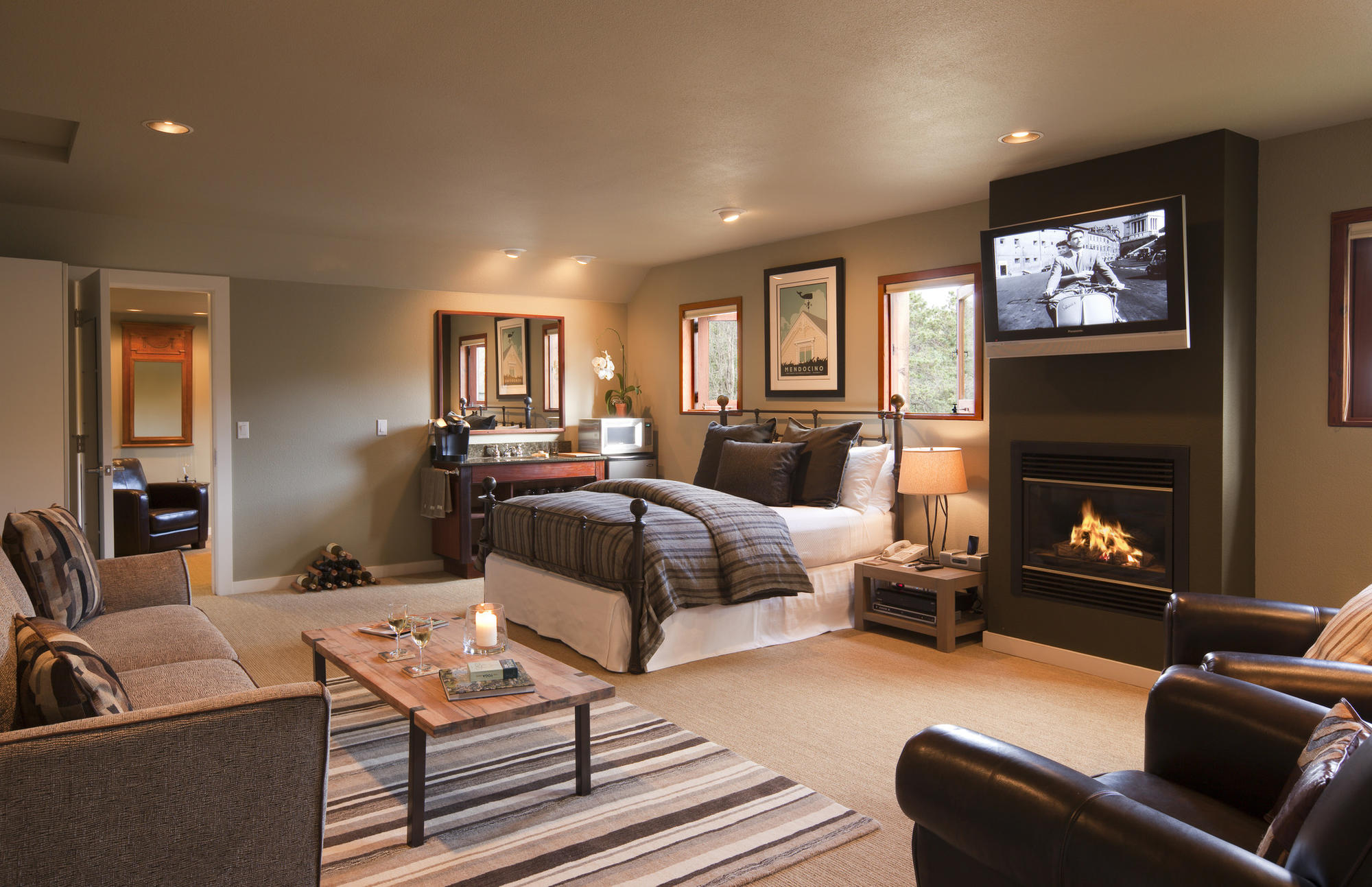 The Meadowview suite at Brewery Gulch Inn.