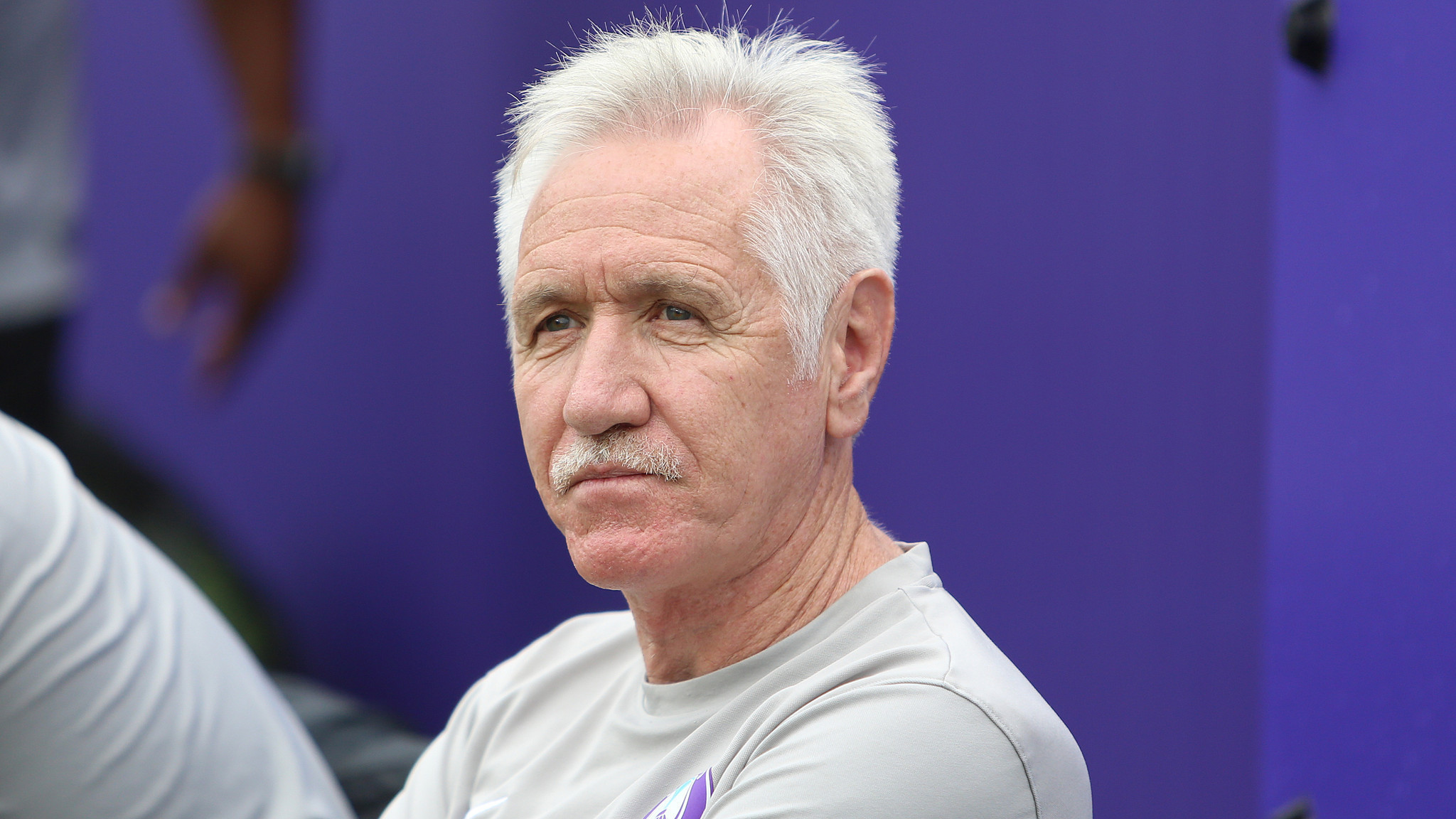 Orlando Pride coach Tom Sermanni gives Orlando City interim coach a boost -  Orlando Sentinel f0fb01fc1586