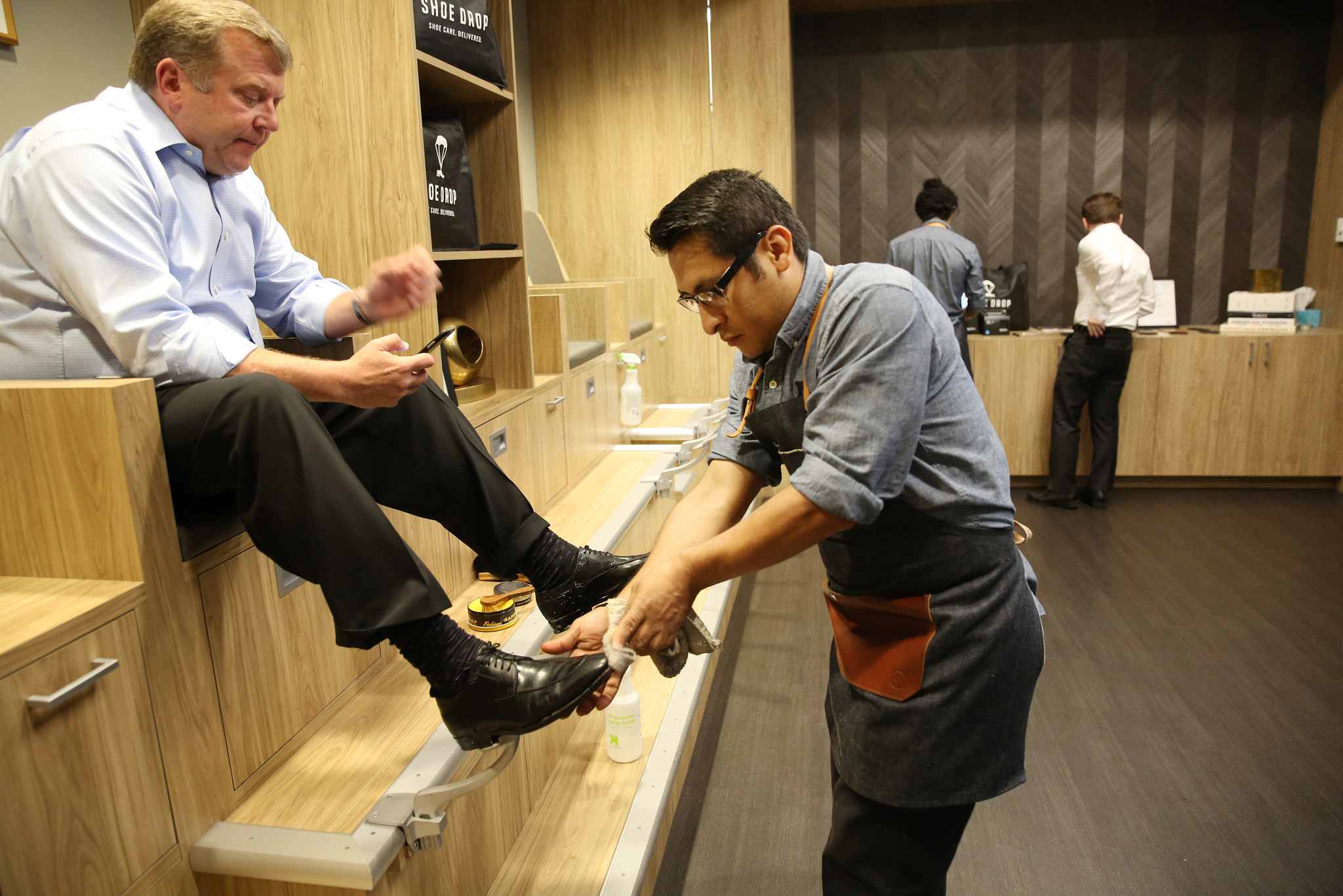 Shoe Drop Shoe Repair Startup Buffs Up With Old School