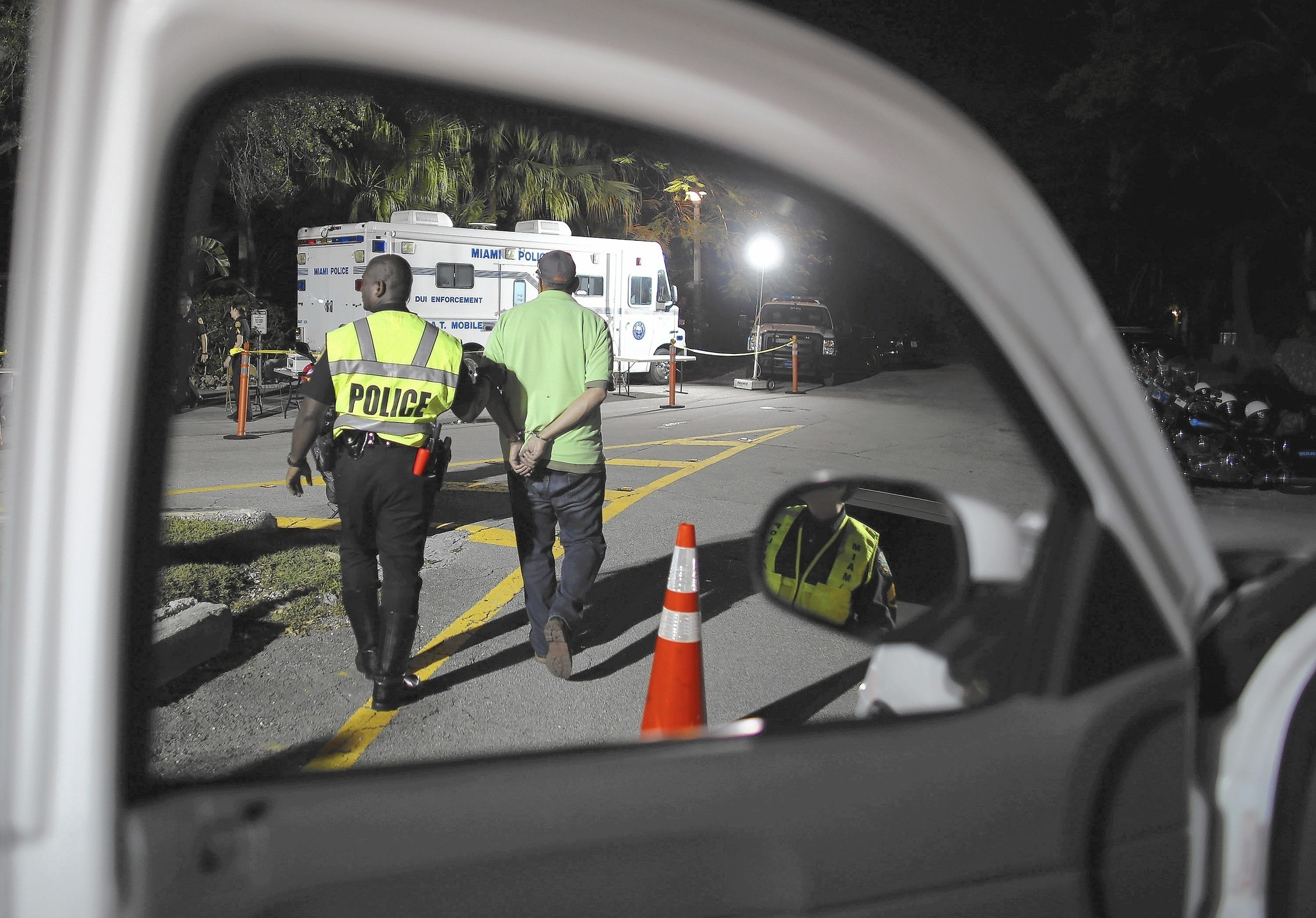 Supreme Court: Cops need warrant to seize blood in DUI cases