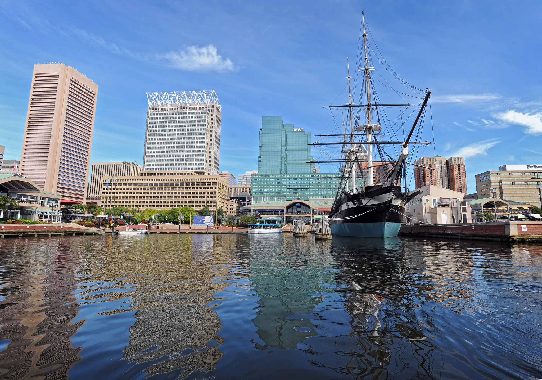 Video shows people swimming in Baltimore Inner Harbor ...