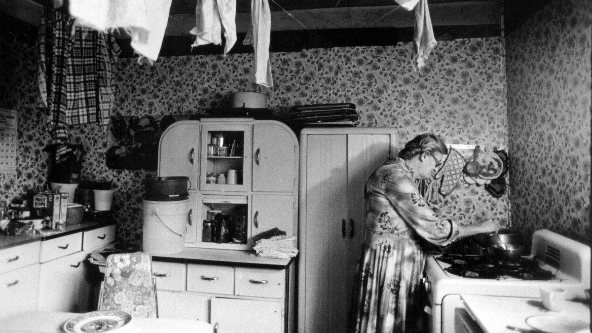 Ada Thompson Cooks In Her Kitchen Along Cabin Creek West Virginia She Collects A Total Of 4 992 Year Counting Food Stamps