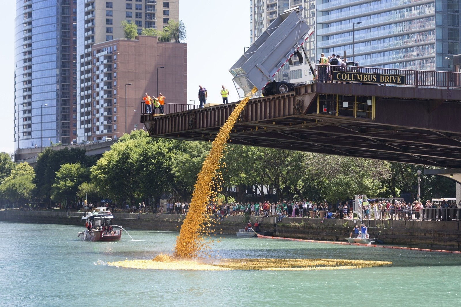 Watch More Than 60 000 Rubber Duckies Take Over The