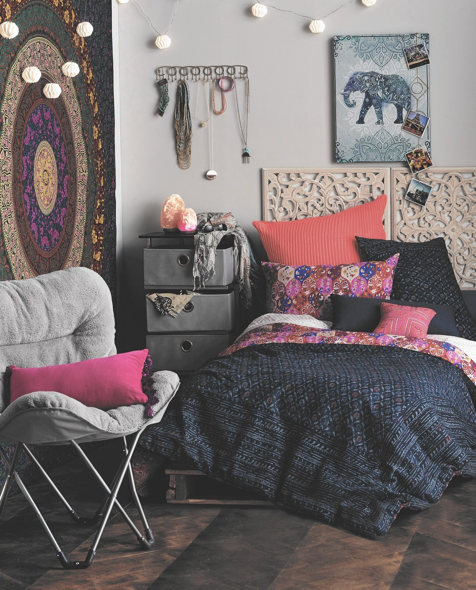 Dorm Decor Dos And Don Ts Make Your First College Room Feel Like Home Hartford Courant